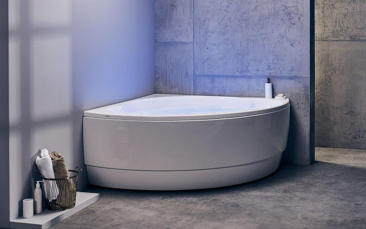 Aquatica Cleopatra Wht HydroRelax Pro Jetted Bathtub 220 240V 50 60Hz USA International 01 (web)