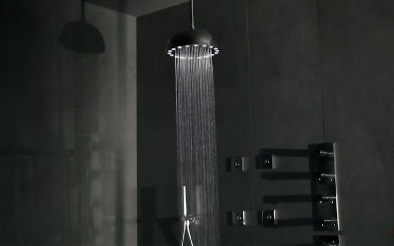 Aquatica Dynamo 300 Black Self Powered Showers 02 (web)