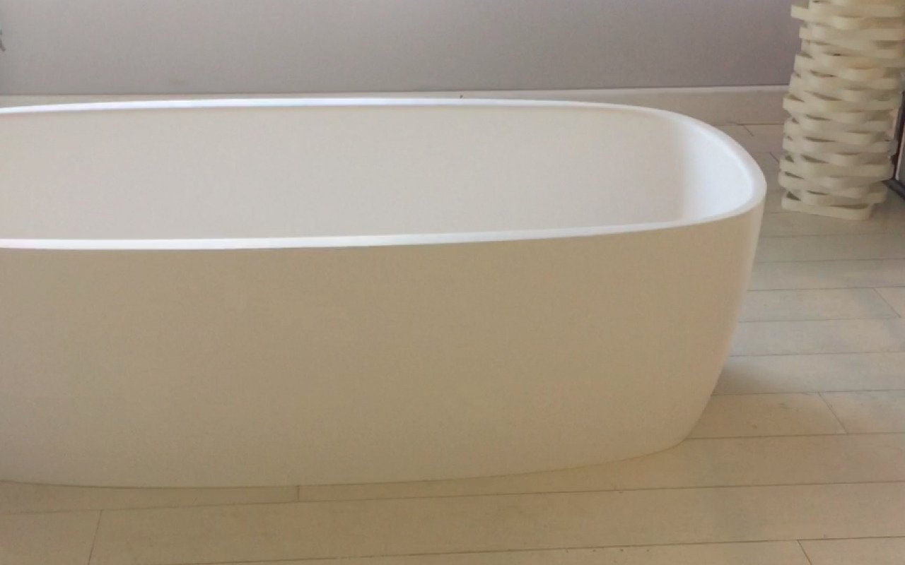 Aquatica Coletta White Freestanding Solid Surface Bathtub 49 6 (web)
