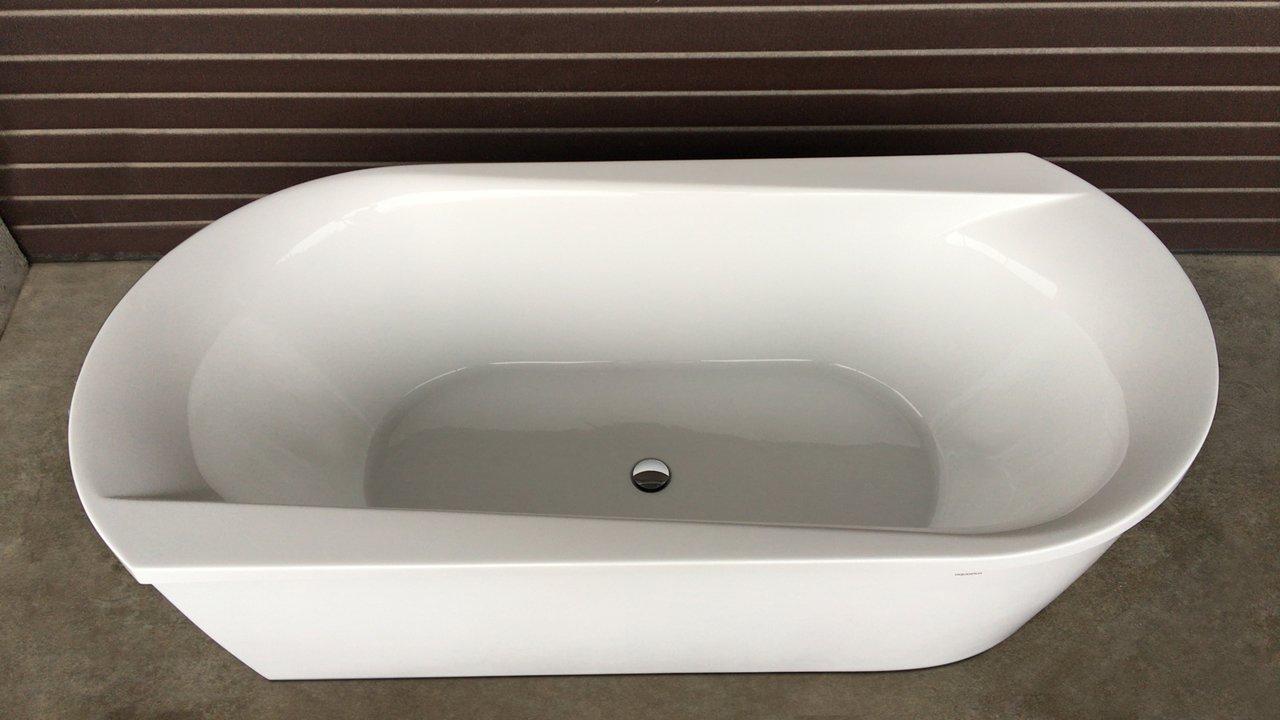 Purescape 107 Wht Freestanding Acrylic Bathtub customer images 05 (web)